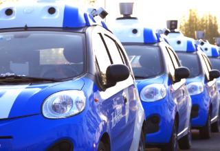 Китай запустит массовое производство беспилотных автомобилей