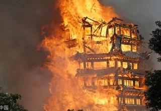 В Китае сгорела самая высокая деревянная пагода в Азии