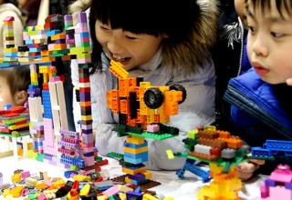 Lego и Tencent создадут социальную сеть для детей из Китая