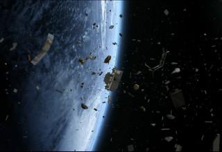 Китай предложил уничтожать космический мусор лазерами