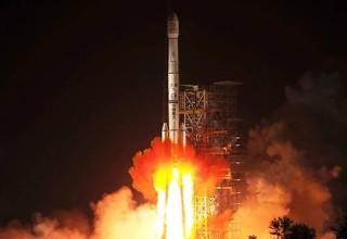 Китай успешно запустил свой первый луноход