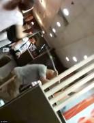 Китайские сектанты убили девушку в McDonald's из-за отказа дать номер телефона