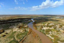 Река Хэйхэ в автономном районе Внутренняя Монголия.