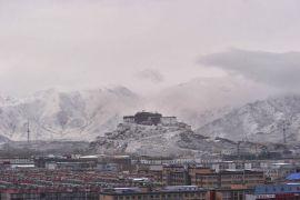 Первый снег в Лхасе, Тибетский автономный район.
