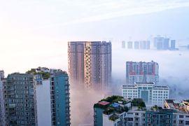 Туман в Чэнду, административном центре провинции Сычуань