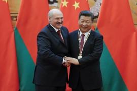 Александр Лукашенко и Си Цзиньпин на саммите ШОС в Циндао