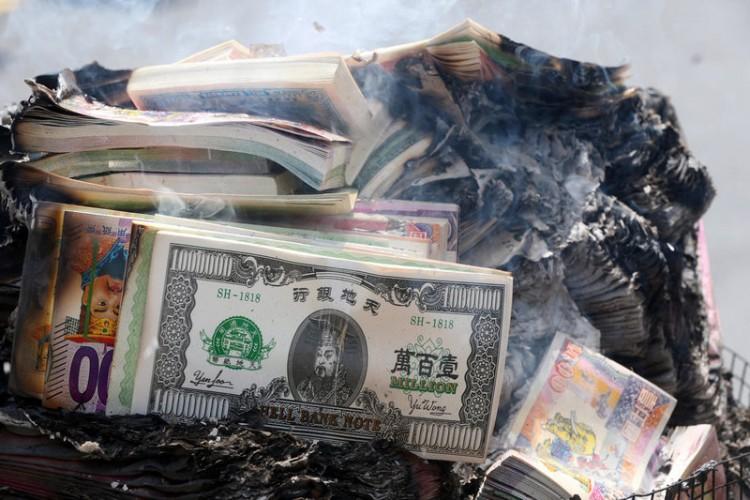 китайские ритуальные деньги