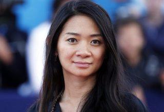 Хлоя Чжао — лучший режиссер «Золотого глобуса» 2021. Ее фильм, комплименты от китайцев и критика
