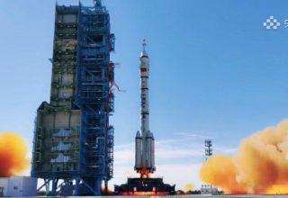 «Поехали!»: Китай отправил в космос первых строителей своей орбитальной станции