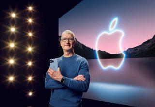 Китайцы подшутили над главой Apple из-за  использования старого iPhone